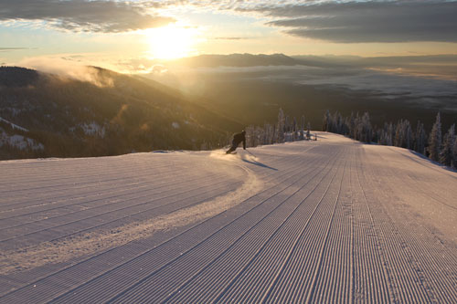 Riding the groomers into the sunset.