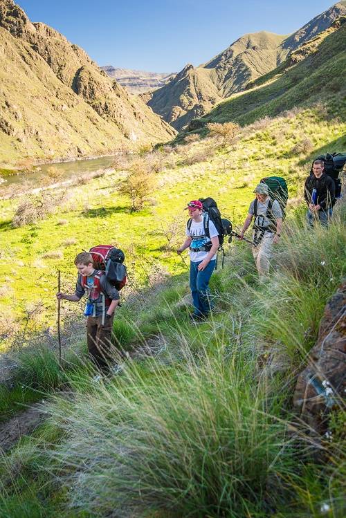 Hikers enjoy the sunshine along the Snake River Trail. Photo: Aaron Theisen