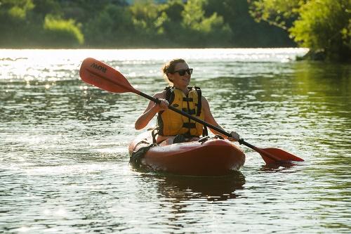 Paddling the Spokane River. Photo: Aaron Theisen