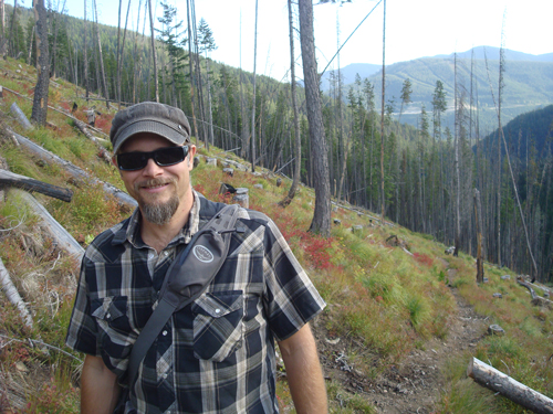 OTM Editor Derrick Knowles doing what he loves most, hiking.