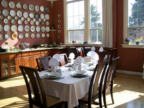 An elegant breakfast and uniquely furnished rooms await you in Bonners Ferry, Idaho. Photo courtesy of Northside Inn