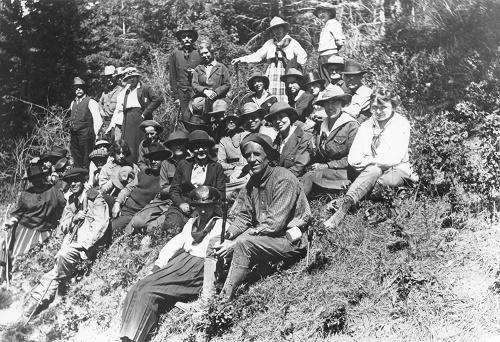Spokane Walking Club outing. The nearest man is John Anderson, Club President, who also served in the Washington Legislature.