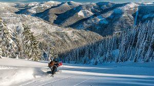 Save on powder days with a Mountain Sports Club membership. // Photo: Aaron Theisen