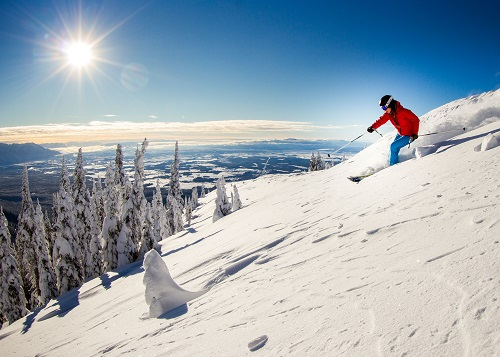 Skiing at Whitefish Mountain Resort - © Noah Couser