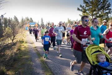 Photo of racers at the Hunger Run.