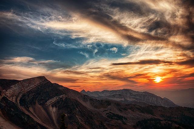 Photo of Utah at sunset.