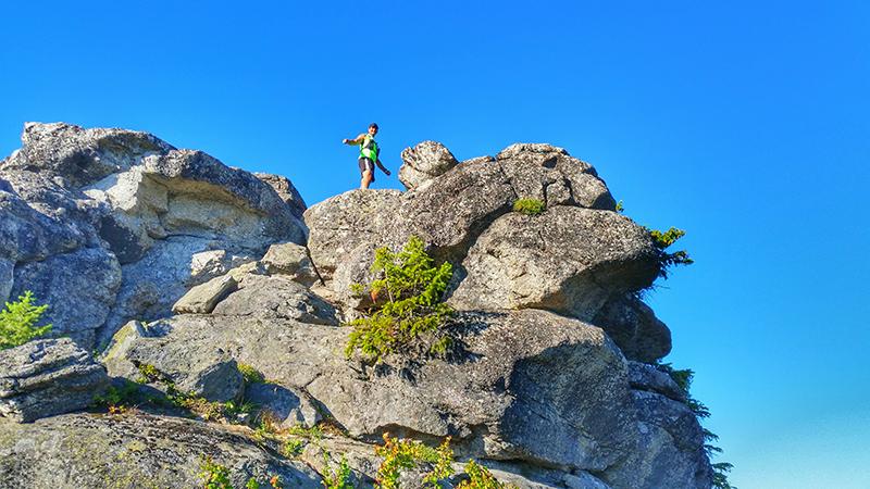 Photo of Ragged Ridge by Dave Dutro.