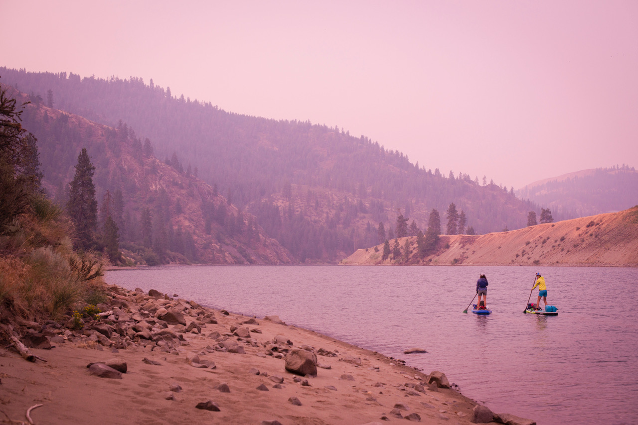 Paddling through thick wildfire smoke in August 2017 (Photo: Jed Conklin Photography)