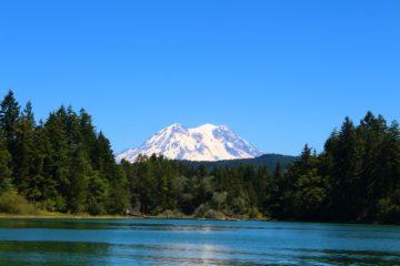 Photo of Lake Washington with Mount Rainier in the background.