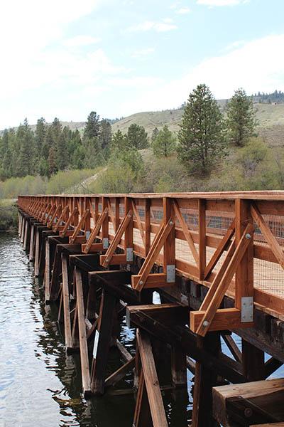 Photo of bridge spanning river.