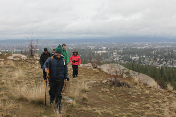 Winter hike to the end of the Cliffs Trail.