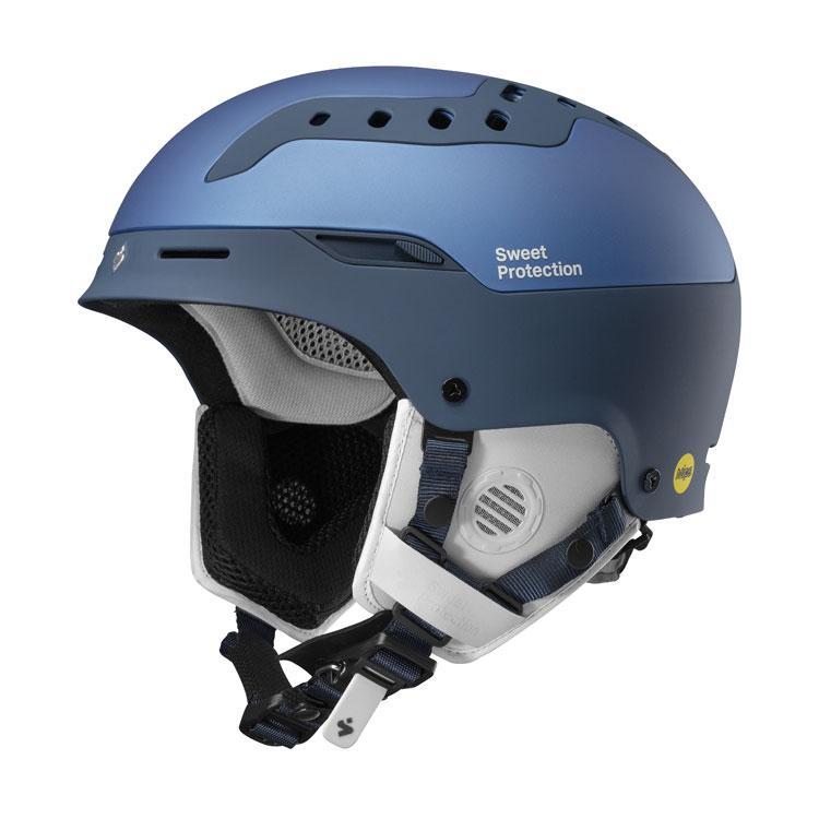Blue snowport helmet.
